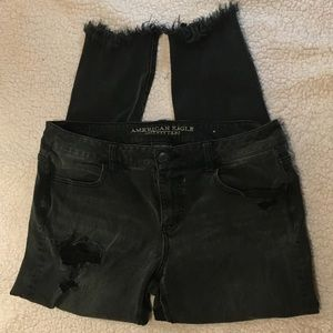 American Eagle black distressed jeans size 14